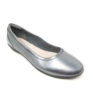 Clark's Metallic Gray Ballet Flats 7 Gray Comfort